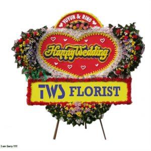 Bunga Papan Ucapan Selamat TWS Florist 14 300x300 Toko Bunga Ucapan Pernikahan Di Bekasi