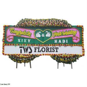 Bunga Papan Ucapan Selamat TWS Florist 20 300x300 Bunga Ucapan Pernikahan Wedding Di Bekasi
