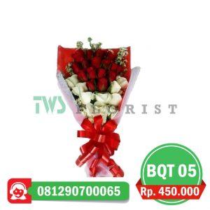 bunga-mawar-hand-bouquet-05