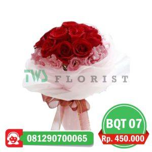bunga-mawar-hand-bouquet-07